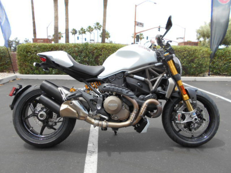 Page 30874 2015 Ducati Monster 1200 S Star White New And
